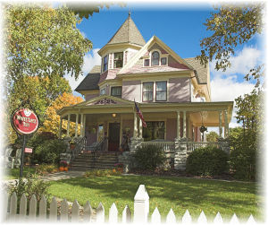 Sturgeon Bay Wi lodging, White Lace Inn Main House B&B, Door County